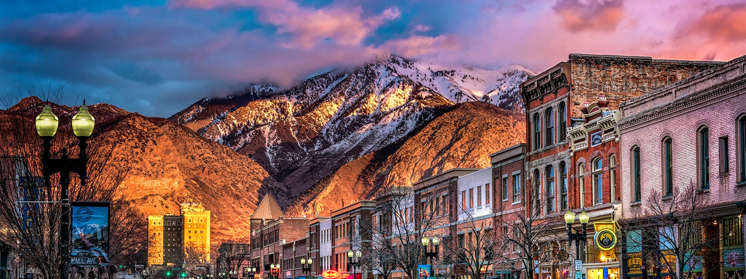 Historic 25th Street with mountains